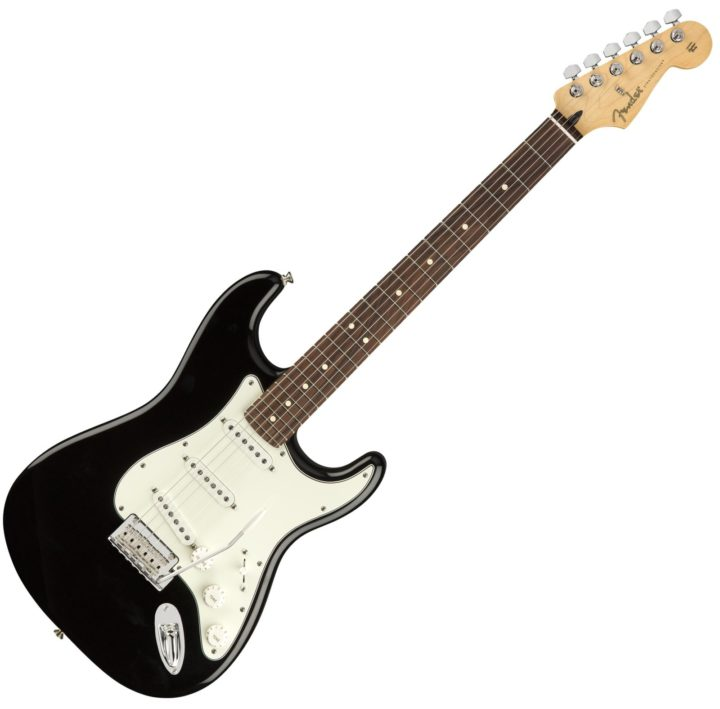 fender player strat black