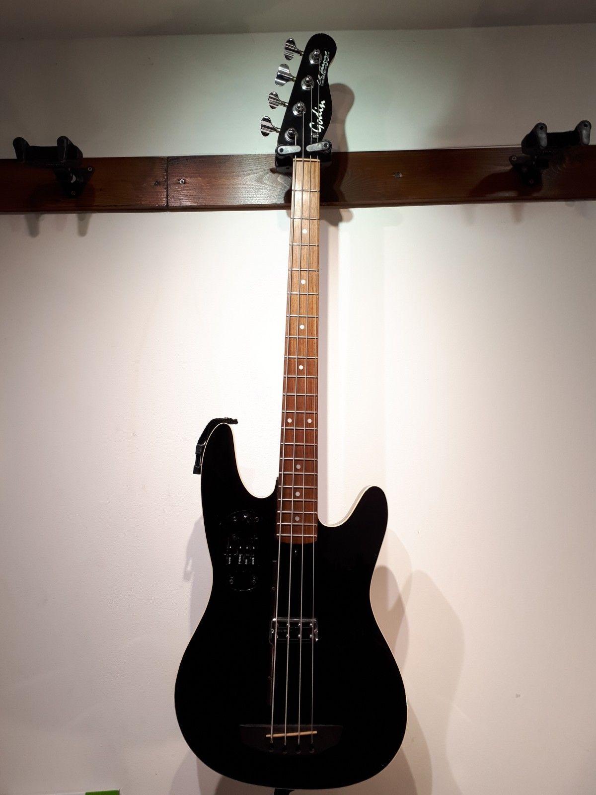 godin a4 lr baggs electric acoustic lightweight hybrid bass hard case modded guitar mania. Black Bedroom Furniture Sets. Home Design Ideas